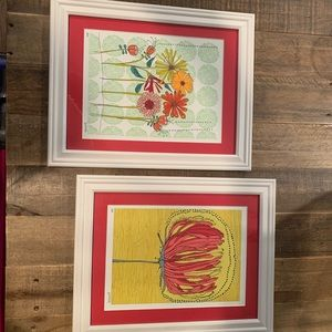 Set of two framed pictures.